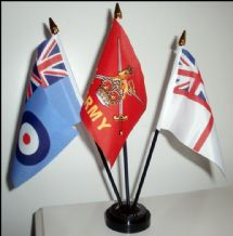 BRITISH ARMED FORCES - TABLE FLAG SET